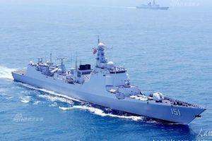 Phát thèm dàn vũ khí trên tàu Trung Quốc vừa thăm TP HCM
