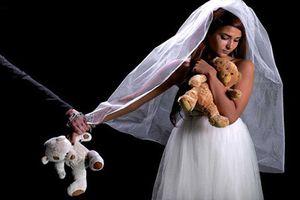 Cô gái Mỹ kể chuyện bị ép cưới kẻ hiếp dâm mình năm 11 tuổi