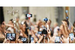 Tin đồn, tâm lý đám đông và vai trò nhà báo