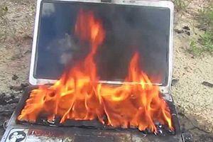 Laptop Dell cháy nổ, nhà sản xuất đổ lỗi cho pin hãng thứ ba