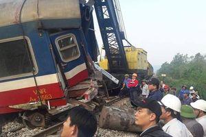 Xử lý xong các toa tàu bị lật ở Huế, thông tuyến đường sắt Bắc - Nam