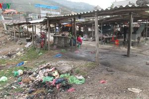 Nỗi lo mất an toàn vệ sinh thực phẩm ở chợ cóc tại Quảng Ninh
