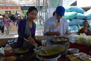 Cần Thơ: Lễ hội Bánh dân gian Nam Bộ chính thức khai mạc