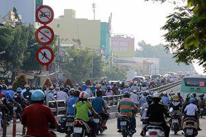 Giao thông Việt Nam, cấm xe máy phương tiện nào thay thế?