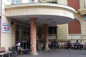 Bắt nhóm thanh niên xông vào BV Đại học Y Hà Nội chém người