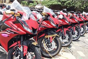 'Đập thùng' Yamaha R15 mới giá 115 triệu tại Việt Nam
