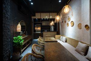 Nhà phố giữa Sài Gòn thiết kế tối giản theo phong cách Hoa, Nhật