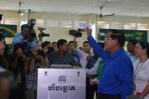 Đảng CPP giành thắng lợi trong cuộc bầu cử Hội đồng, xã phường Campuchia
