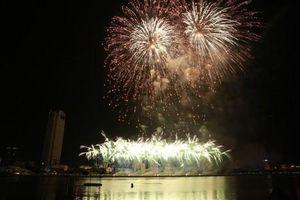 Chung kết Lễ hội pháo hoa Đà Nẵng: Đội Ý giành chiến thắng rực rỡ