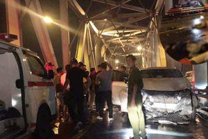 Đi vào làn ô tô trên cầu Chương Dương, 3 người tử vong sau tai nạn kinh hoàng