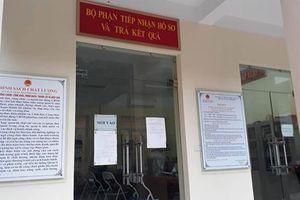 Vụ 6 lượt đi lại xin giấy khai tử: Đình chỉ chức vụ Phó Chủ tịch phường Văn Miếu
