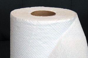 Đọc bài này, bạn giật mình vì dùng giấy vệ sinh, giấy ăn sai cách nên gây họa cho sức khỏe