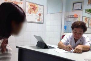 Tâm sự đầy ám ảnh của bác sĩ chuyên nạo phá thai: 'Nhiều ông bố không cho con ra đời vì chúng là con gái'