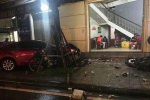 Nam thanh niên lái ô tô 'điên' tông chết 2 người ra đầu thú