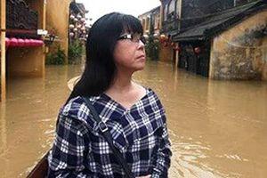 Nhà Ánh Tuyết ngập sâu trong nước vì bão số 12