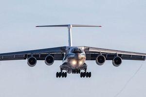 Khám phá 'ngựa thồ' Ilyushin IL-76 Nga vừa chuyển hàng cứu trợ tới Việt Nam