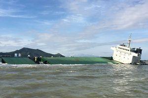 Quân đội điều thợ lặn, khí tài đặc chủng tìm thuyền viên mất tích trên biển