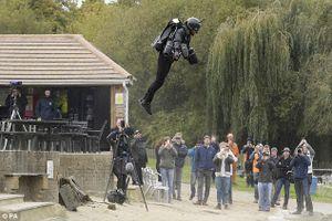Kỷ lục Guinness mới người bay Richard Browning
