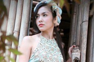Áo yếm được xử lý như thế nào trên phim Việt?