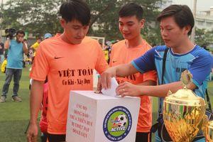 Dàn cầu thủ chung tay ủng hộ đồng bào lũ lụt tại quê nhà