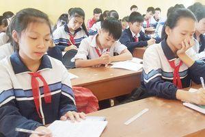 Khi trường chuẩn quốc gia 'rớt chuẩn' - Bài 1: Muôn kiểu khó khăn