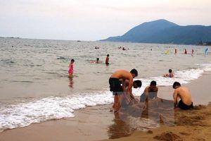 Tìm thấy thi thể học sinh bị sóng đánh chìm ở biển Thiên Cầm