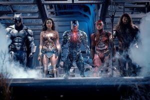 Warner Bros. cấm đăng bài bình luận sớm về 'Justice League'