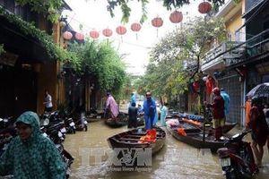 Ngăn chặn nguy cơ dịch bệnh bùng phát sau mưa lũ vừa qua