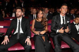 Cristiano Ronaldo gọi Messi: 'Tớ đã đoạt Quả bóng vàng'