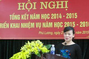 Thái Nguyên: Ký thừa hàng trăm hợp đồng giáo viên nhưng chỉ... 'kiểm điểm sâu sắc'