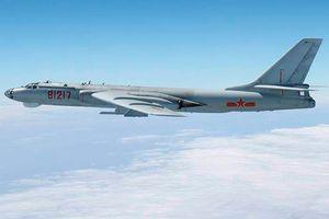 Oanh tạc cơ Trung Quốc bay gần căn cứ Mỹ, Nhật điều máy bay lên kèm