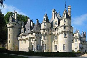 Xem lâu đài cổ có thật của 'Nàng công chúa ngủ trong rừng'