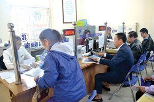 Bảo hiểm xã hội Việt Nam- Hướng tới cấp thẻ bảo hiểm điện tử