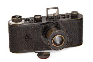 Máy ảnh Leica cổ nhất thế giới giá 2,96 triệu USD