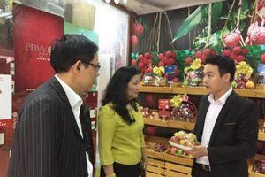 Hà Nội: Xử phạt cửa hàng kinh doanh trái cây vi phạm từ 1/4