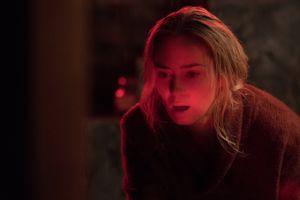 Phim kinh dị 'Vùng đất câm lặng' trở lại vị trí số một tại Bắc Mỹ