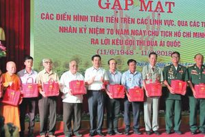 Bác Hồ với phong trào thi đua ái quốc ở Thái Bình