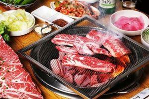 Vì sao thịt nướng Hàn Quốc vẫn hút khách dù Hà Nội nắng nóng?