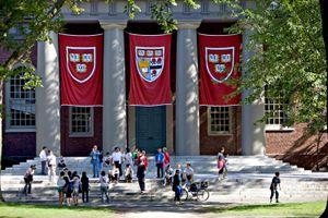 Đại học Harvard bị kiện vì phân biệt đối xử với sinh viên gốc Á