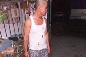 Quảng Ninh: Gia đình một thương binh bị ném 'chất bẩn' vào nhà