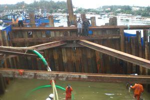 Chính thức khai quật tàu cổ tại biển Dung Quất