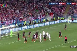 ĐT Anh tranh thủ lúc Croatia ăn mừng định ăn gian tìm bàn gỡ
