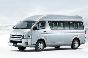 Toyota Hiace mới giá xấp xỉ 1 tỷ đồng