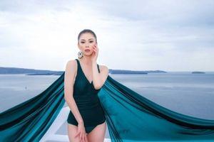 Hoa hậu Hoàn vũ Riyo Mori diện bikini của nhà thiết kế Việt