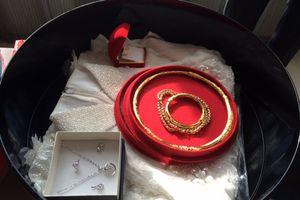 Con gái về làm dâu bị hắt hủi vì bố đòi nhà trai tặng thêm vàng ngày cưới