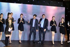 BlackBerry KEY2 giá gần 17 triệu đồng