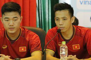 Văn Quyết làm đội trưởng Olympic Việt Nam