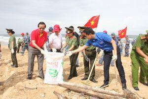 Vietjet chung tay bảo vệ môi trường biển
