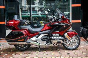 Chi tiết Honda Wing Tour DCT của tay chơi Hà Thành
