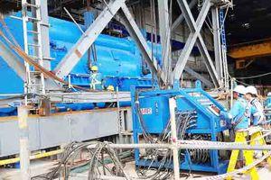 Tiếp tục lắp đặt thành công máy phát NMNĐ Sông Hậu 1